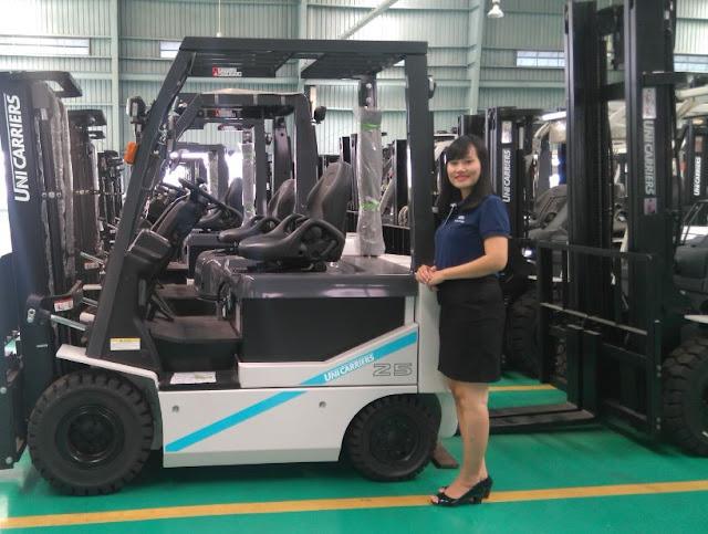 Forklift rental by Nissan Unicarriers dealer