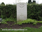 Private G.E. (George Ernest) Mc Cracken Parachute Regiment Army Air Corps    Oosterbegraafplaats Enschede