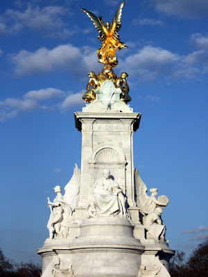Victoria monument outside of Buckingham Palace in London England
