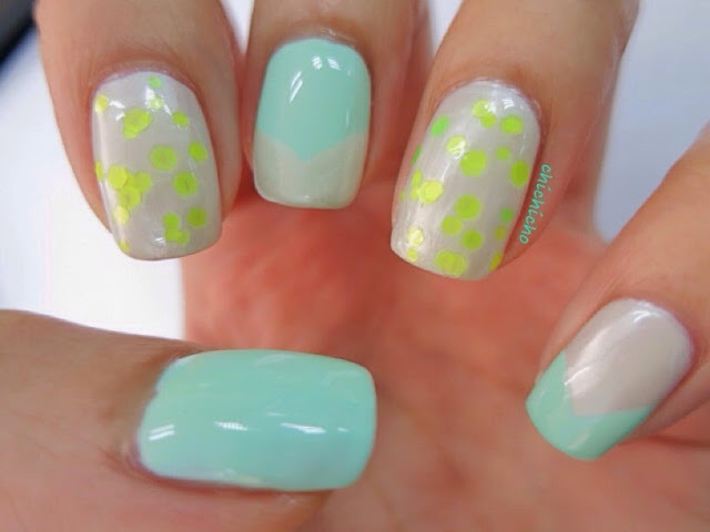 Holika Holika Neon Beam Sparkle Nails 01 Mint Mojito Swatch and Nail Art