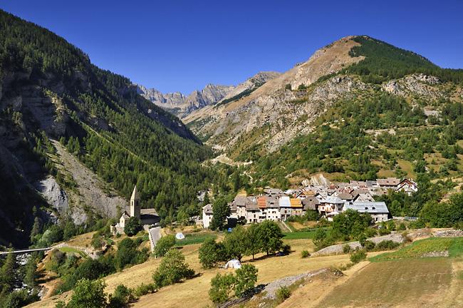 Traversée des Alpes, du lac Léman à la Méditerranée Gr5-briancon-mediterranee-saint-dalmas-le-selvage