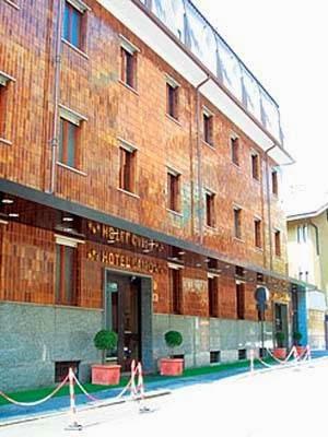 Hotel Cairo, Via La Loggia, 6, 10134 Torino, Italy