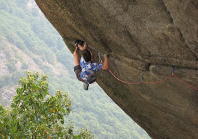 Picasa image: An 8b+ crack...yes...it's Greenspit 8b+, Italy!!! And yes he did it...
