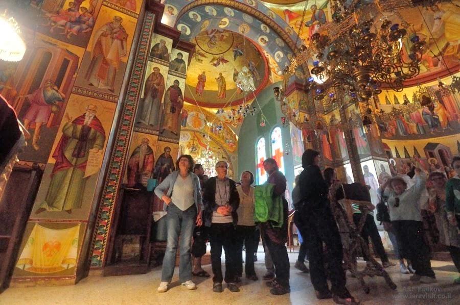 Греческая церковь Собора Двенадцати Апостолов (Капернаум). Экскурсия на Голанские высоты. Гид в Израиле Светлана Фиалкова