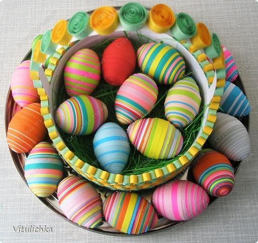 яйца в корзинке