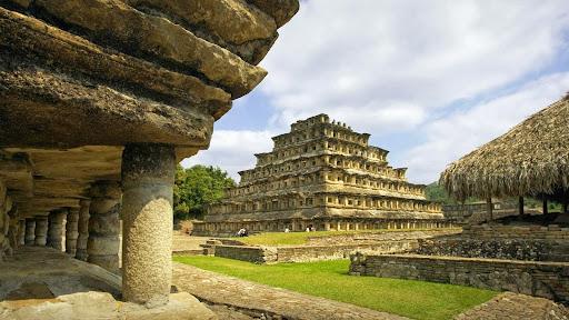 El Tajin Ruins, The Nichos Pyramid, Mexico.jpg