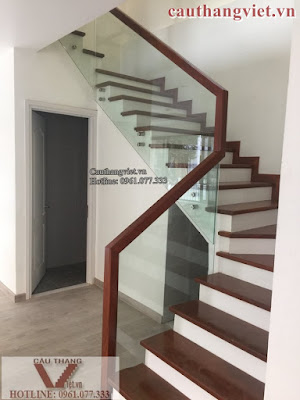 Cầu thang kính cường lực đẹp giá rẻ tại Hà Nội