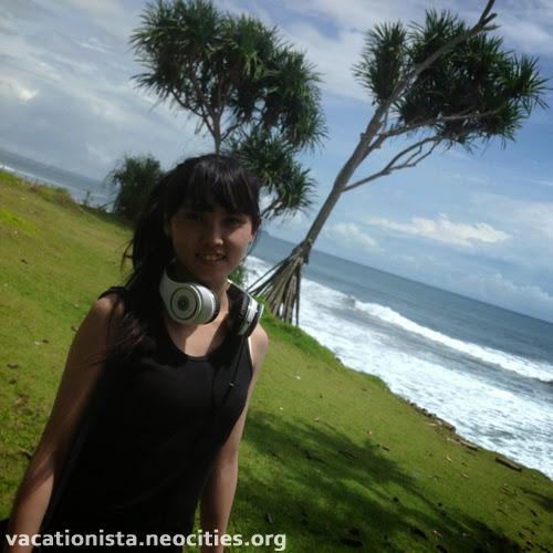 Alexia pose at Batu Hiu one