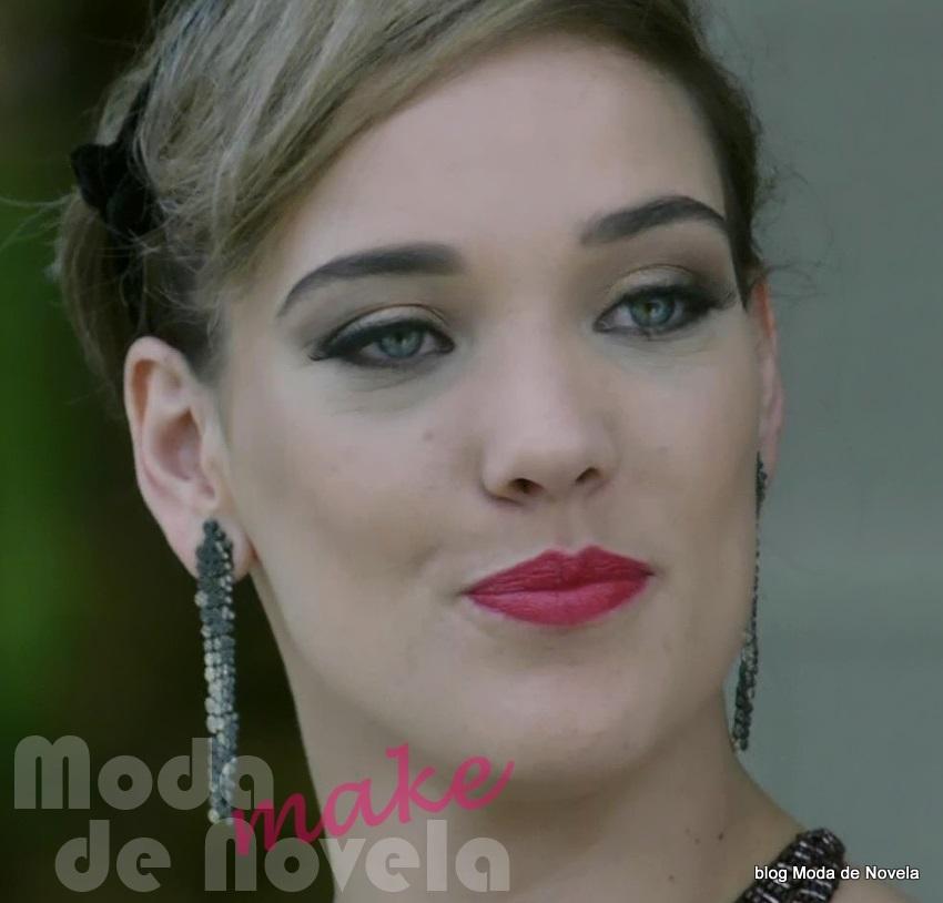 moda da novela Império, maquiagem da Amanda na festa de casamento da Maria Clara