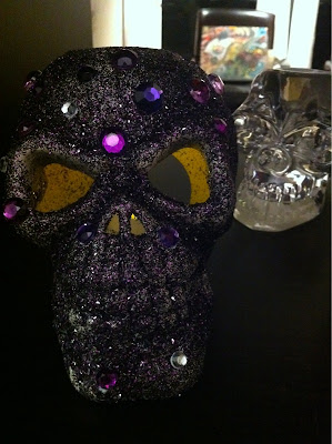 Illuminating spooky glam skull