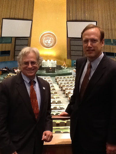 Photo of Cliff Rosenthal and Bill Cheney at the United Nations.