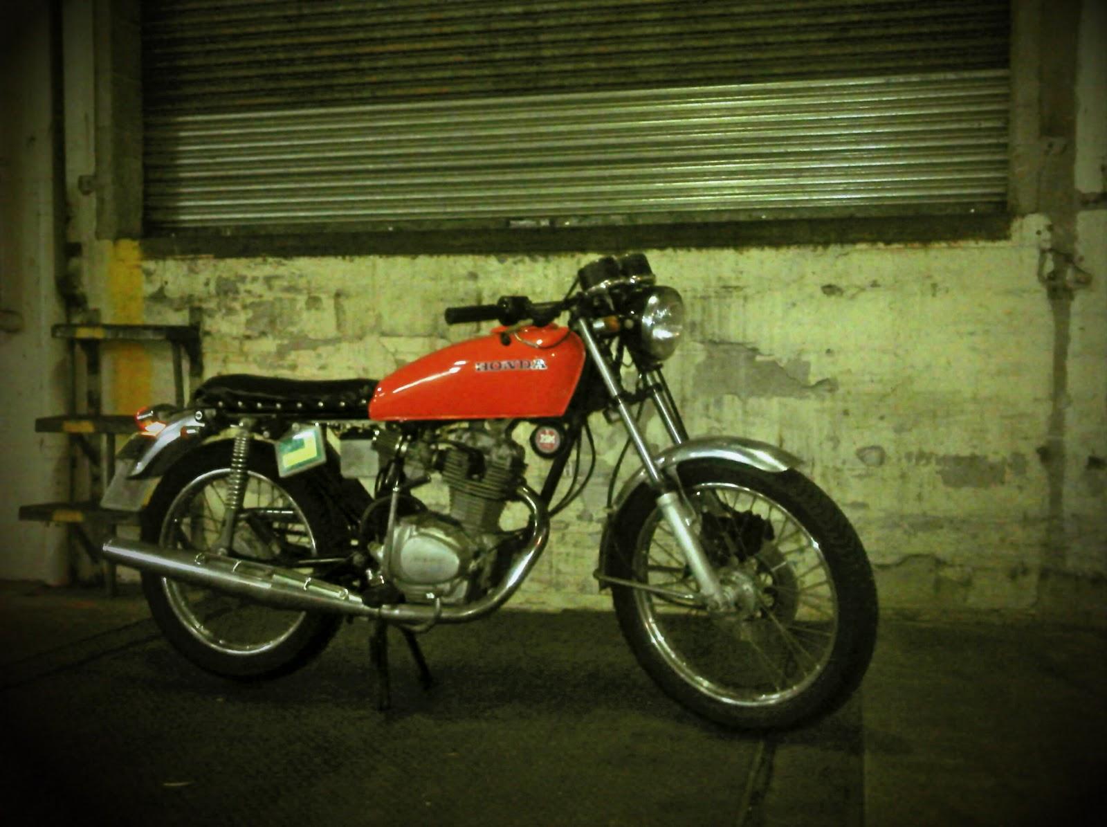 BUBBLE VISOR  1975 Honda CB125s station hopper