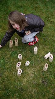 Molkky, garden games