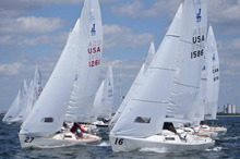 J/22 one-design sailboats- sailing Midwinters