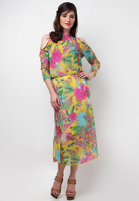 Collective.Com Ramona High collar floral maxi dress with shoulder cut out | Online Shopping for Summer at Zalora