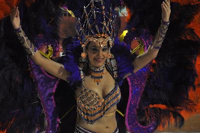Karnevalen dar alla far skaka pa rumpan