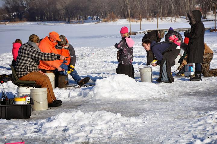 Carp fest prairie du chien wi for Wisconsin fishing tournaments
