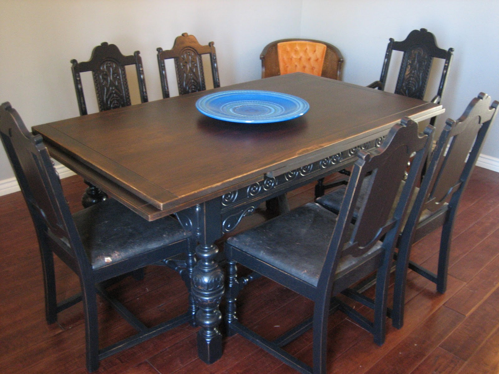 Old World Spanish Dining Set ~