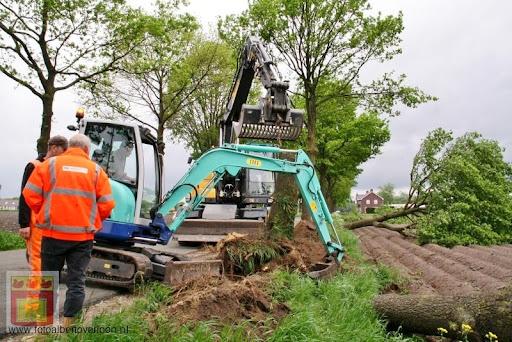 Noodweer zorgt voor ravage in Overloon 10-05-2012 (67).JPG