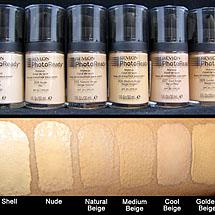 Maquiagem cover up bem pigmentada para esconder sardas