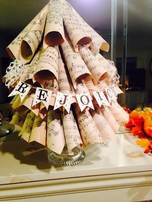 Music paper Christmas tree craft