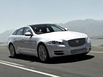 Jaguar-XJ_2012_1600x1200_Front_Angle_01