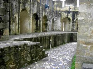 Оборонительные укрепления в крепости Сан Жорже