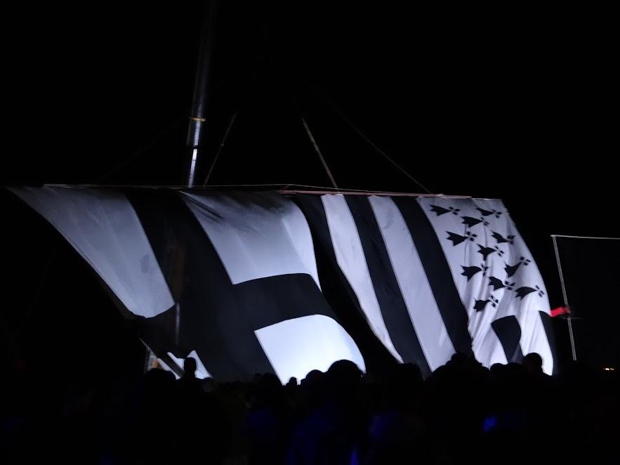 DSC07988.JPG - la nuit des �toiles � Tr�flez par Bretagne-web.fr