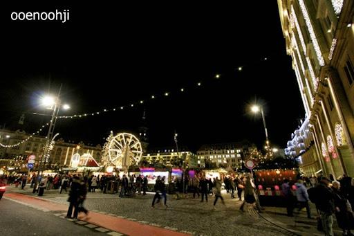 ドレスデン・クリスマスマーケット会場のアルトマルクト広場
