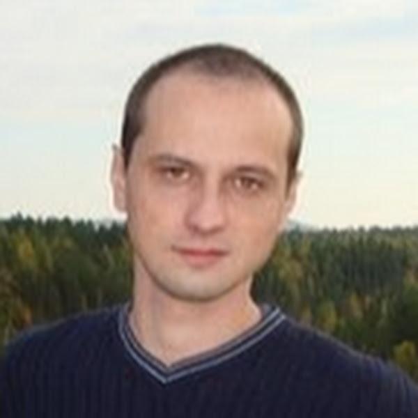 Максим Локшин