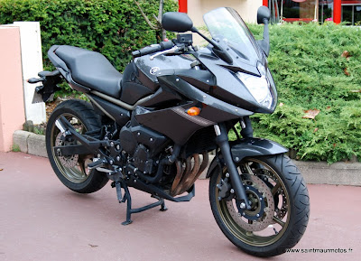 occasion yamaha xj6 diversion gris 2010 20900kms vendue saint maur motos. Black Bedroom Furniture Sets. Home Design Ideas