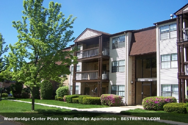 Woodbridge Center Plaza Apartments
