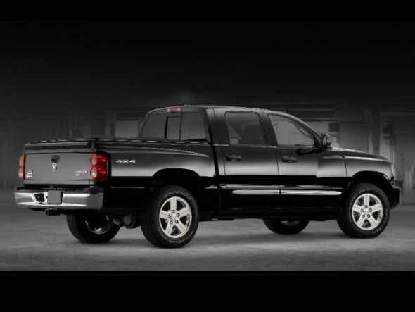2011 dodge dakota 4 7 l v8 with 2 spark plugs per cylinder. Black Bedroom Furniture Sets. Home Design Ideas