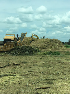 Tub Grinder, Brush Recycling, Mulching, Land Clearing - Austin Tree
