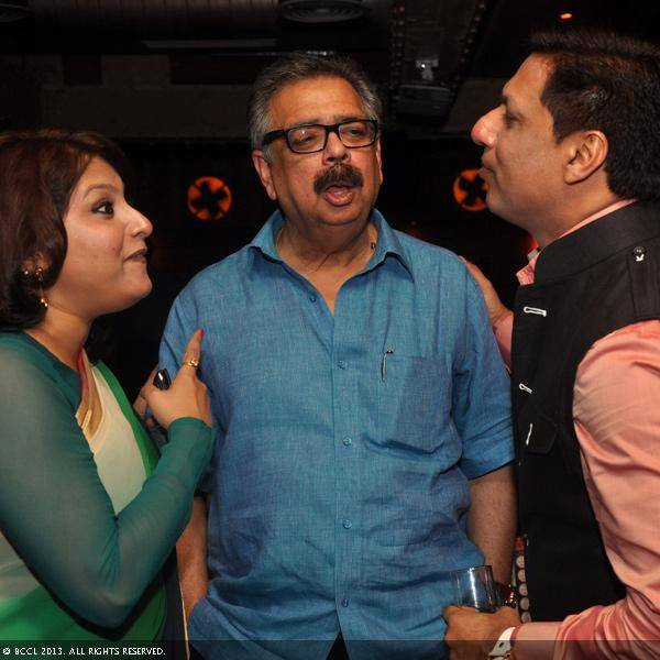 Vani Tripathi with Bimlendra Mohan Pratap Mishra and Madhur Bhandarkar during her birthday bash, held in Delhi.