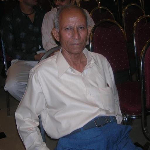 Anwar Khan (cricketer)