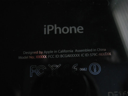 iphone%2525204%252520prototype%2525206 iPhone 4 Prototype Selling On eBay For A Staggering $100,000+