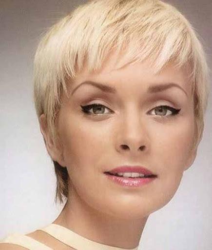 america ferrera haircut. America Ferrera Prada, Calvin