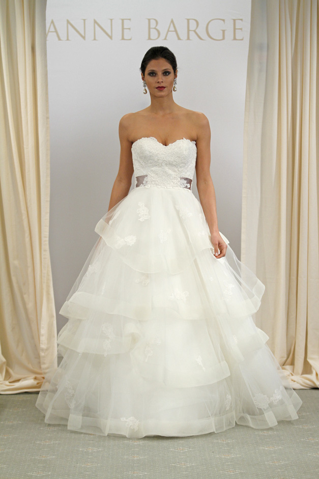 The Blushing Blog: destination wedding gowns