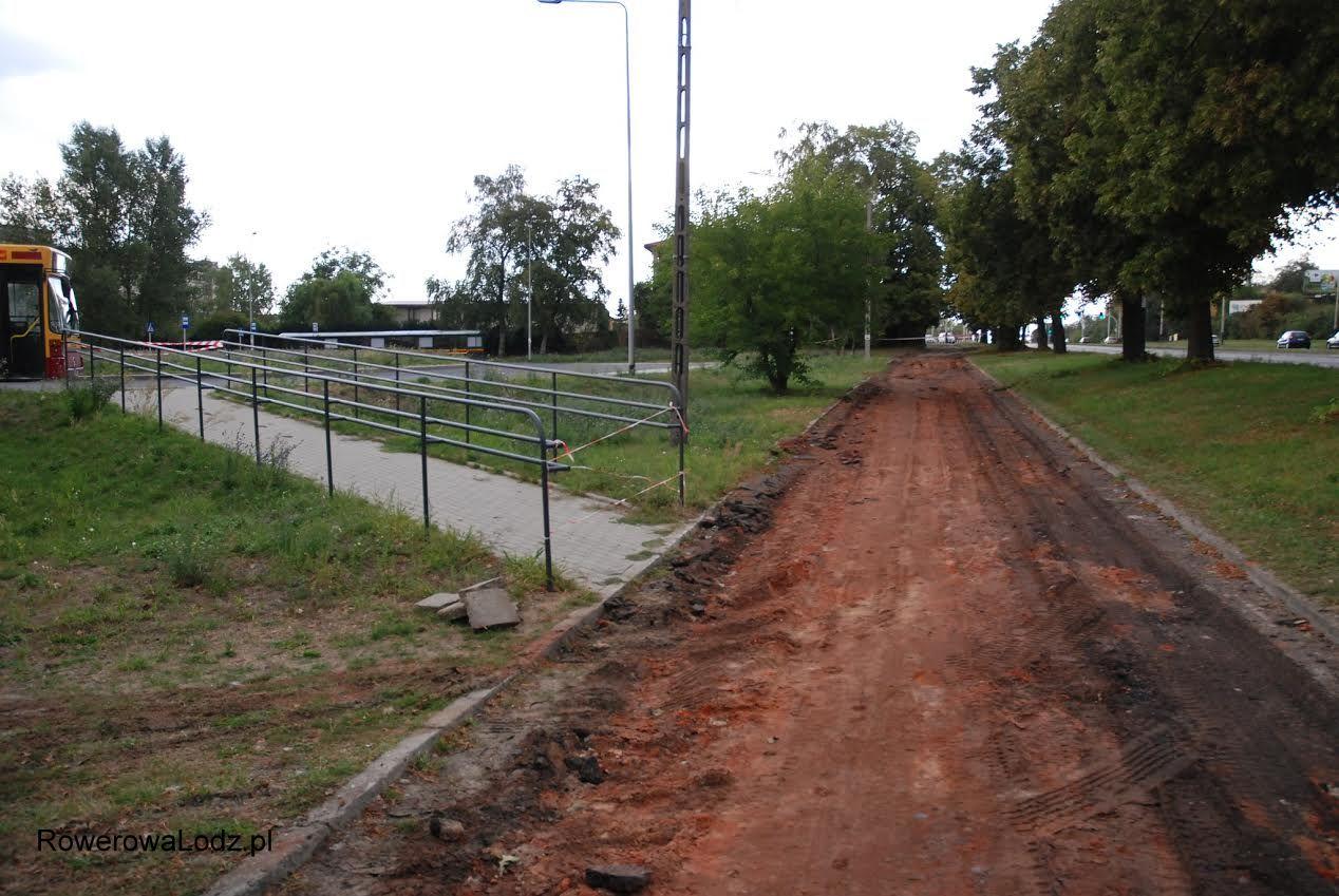 Droga w okolicy krańcówki autobusowej.