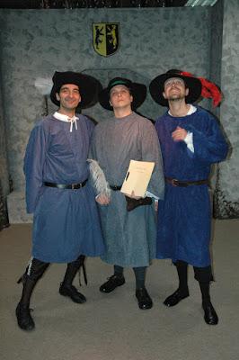 Wyrd Sisters - Vitoller, Hwel & Tomjohn
