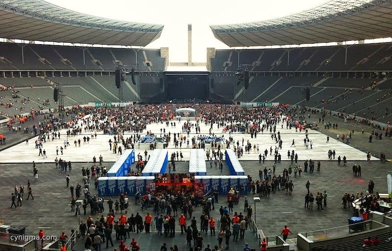 Olympiastadion - noch leer