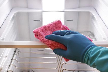 http://hogar.linio.com.mx/wp-content/uploads/2013/03/Como-limpiar-el-refrigerador2.jpg