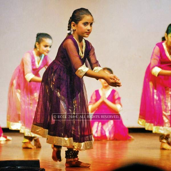 Small kids performing during the event.