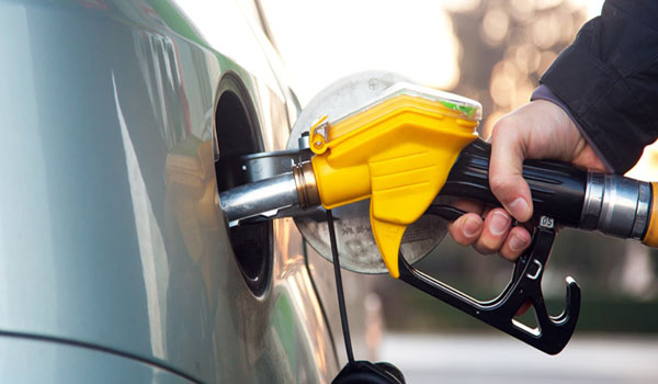 About 50% Tax Deduction on Petrol & Diesel, But Finance Ministry Disagrees