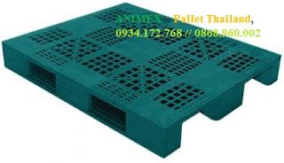 Pallet nhựa 3 thanh chặn hàng nặng nhập khẩu
