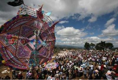 Fiesta de barriletes gigantes