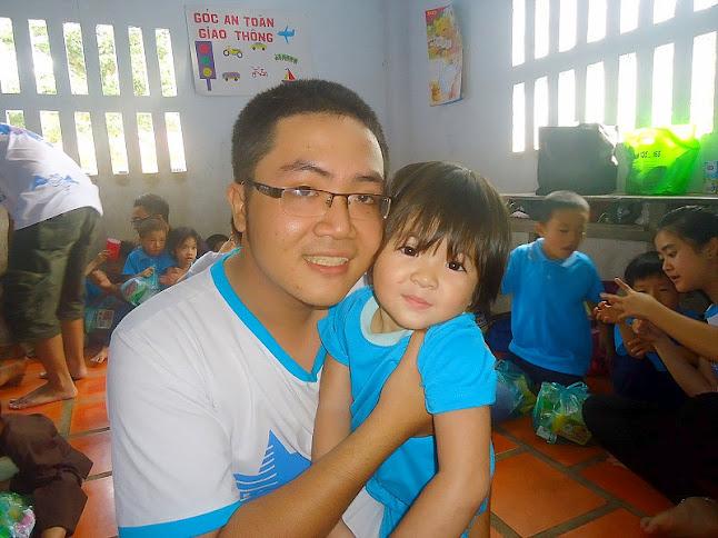 Thăm các cháu Chùa Lộc Thọ DSC06273+%282%29