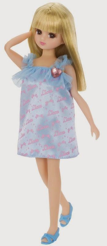 búp bê Licca thời trang váy xanh