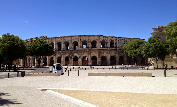 Амфитеатр или Арена Нима  Arènes de Nîmes